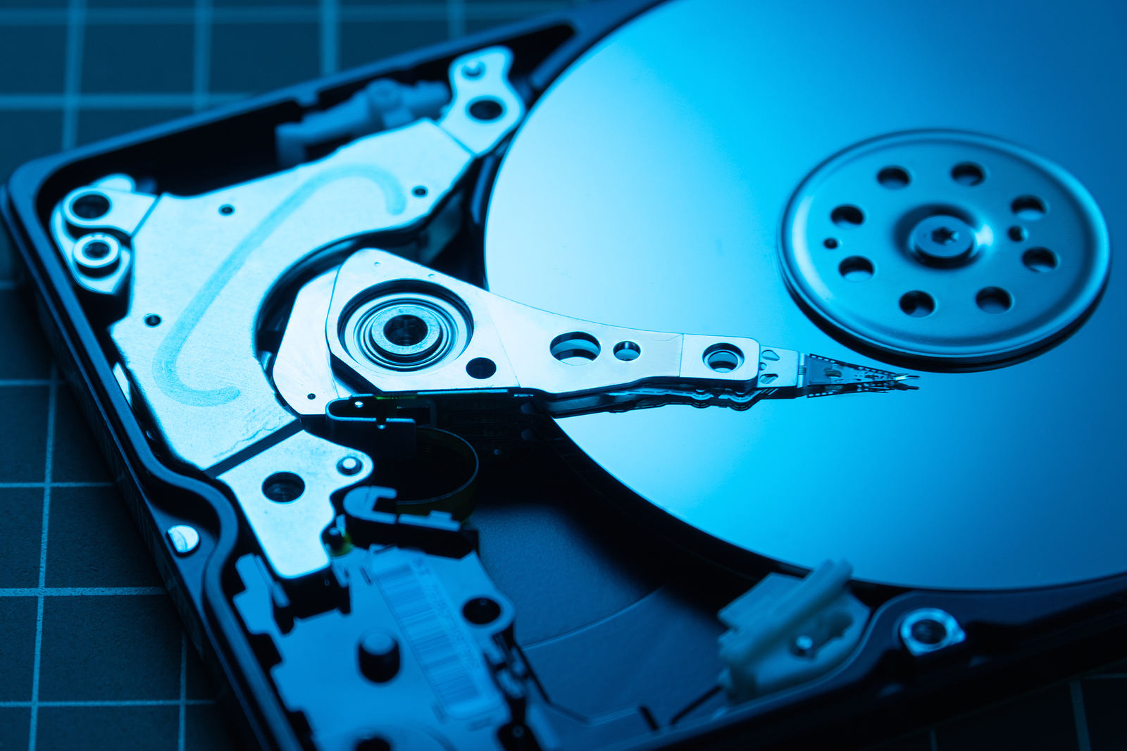 Advantages of Hiring Data Recovery Specialists