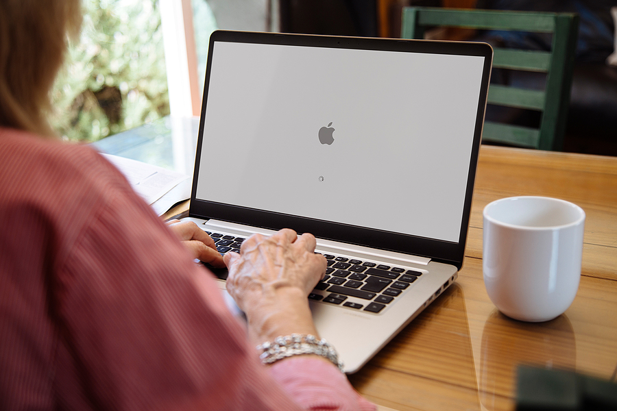What Does the Flashing Folder with a Question Mark on Mac Mean & How to Fix It?